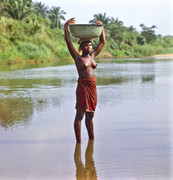 Togo Woman with tub