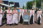 Spakenburg Women in